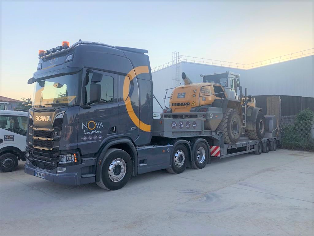 nova location camion transport louer materiel btp chantier
